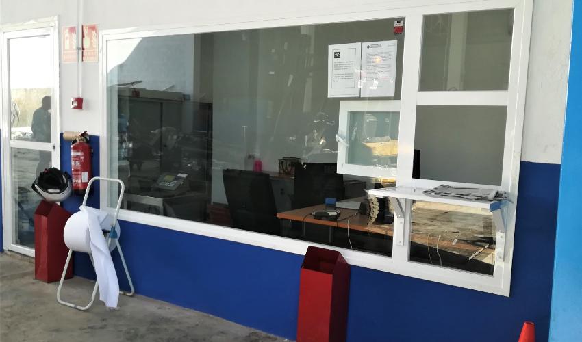 oficina chatarra y metales posada
